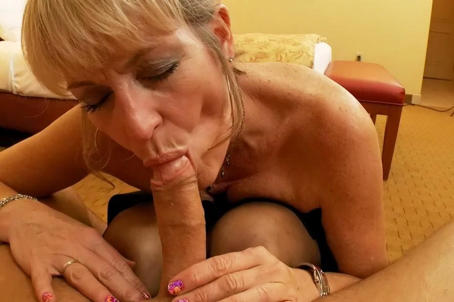 free mature women sex